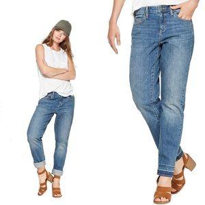 NWOT Mid-Rise Boyfriend Jeans Universal Thread